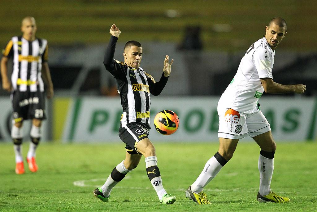 Gabriel. Botafogo x Figueirense pela Copa do Brasil no Raulino de Oliveira. 03 de Julho de 2013, Volta Redonda, RJ, Brasil. Foto: Satiro Sodre/SSPress.
